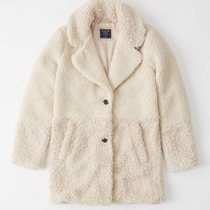 Brand New Abercrombie & Fitch Teddy Coat, Size M